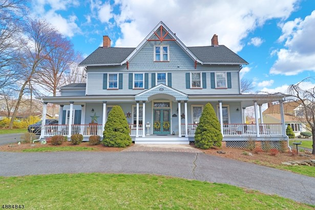 Colonial, Custom Home, Single Family - Florham Park Boro, NJ