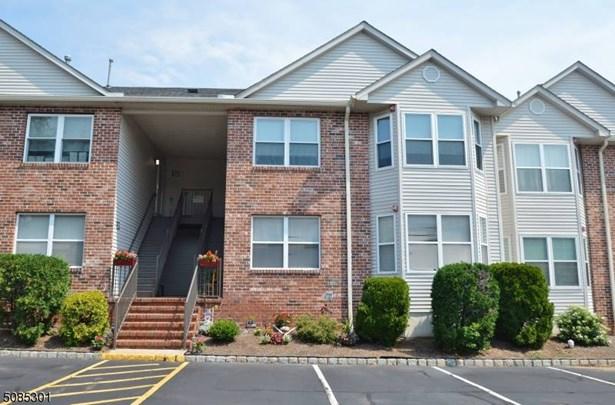 Multi Floor Unit - East Hanover Twp., NJ