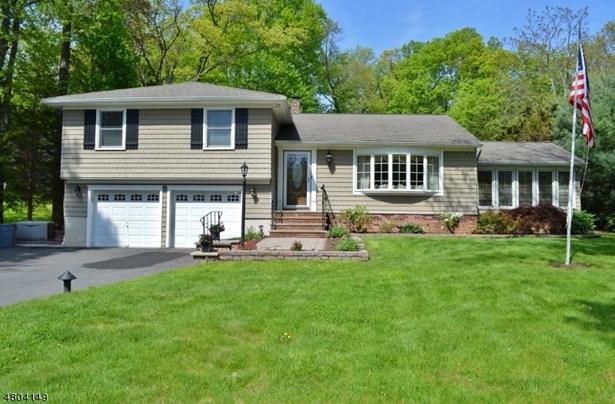 Single Family, Custom Home, Split Level - East Hanover Twp., NJ (photo 1)