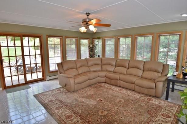 Single Family, Custom Home, Split Level - East Hanover Twp., NJ (photo 5)