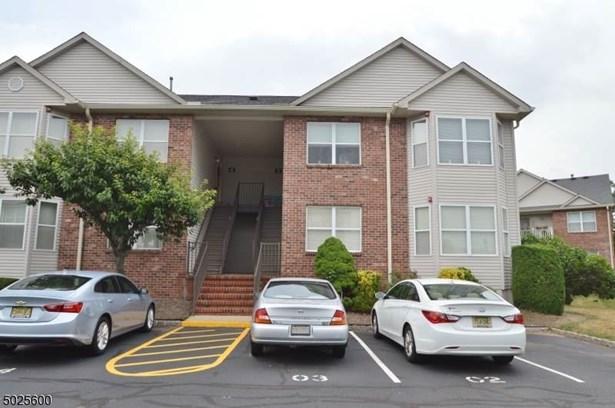 One Floor Unit, Townhouse-Interior, Single Family - East Hanover Twp., NJ