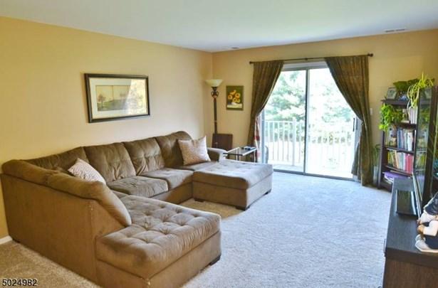 One Floor Unit, Single Family - East Hanover Twp., NJ