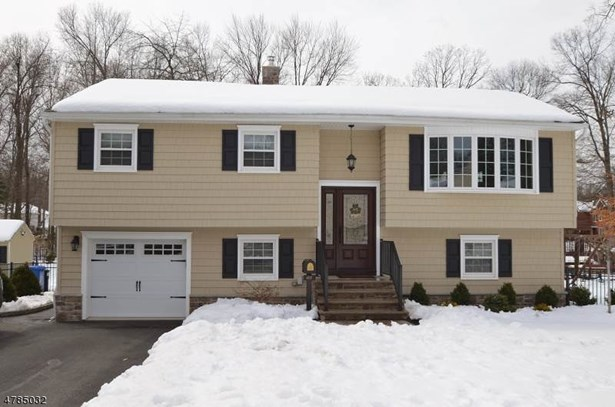 Bi-Level, Single Family - East Hanover Twp., NJ (photo 1)