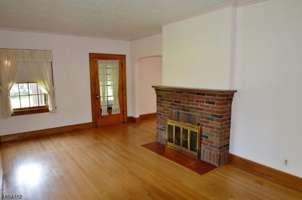 Tudor, Single Family - Florham Park Boro, NJ (photo 2)
