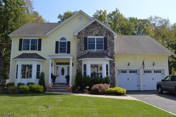 Colonial, Single Family - Florham Park Boro, NJ