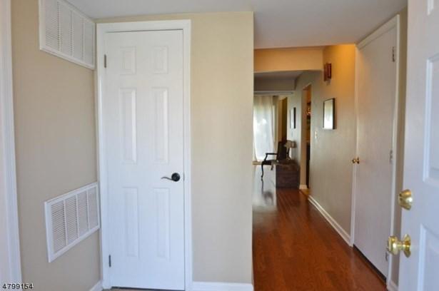 Multi Floor Unit, Townhouse-Interior - Madison Boro, NJ (photo 2)