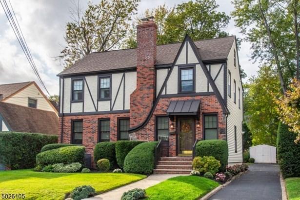 Tudor, Single Family - Bloomfield Twp., NJ