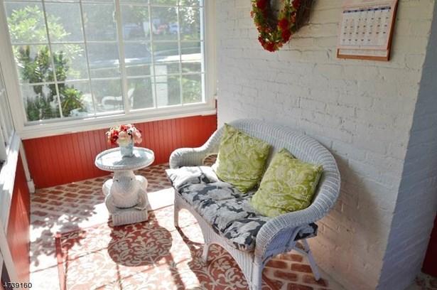 Multi Floor Unit, Colonial, Single Family - Florham Park Boro, NJ (photo 3)