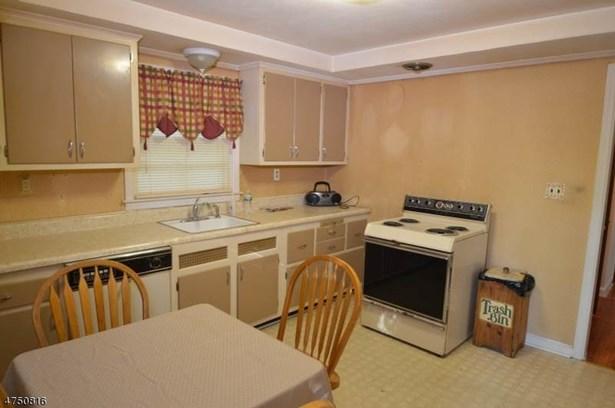 Cape Cod, Multi Floor Unit, Single Family - Parsippany-Troy Hills Twp., NJ (photo 5)