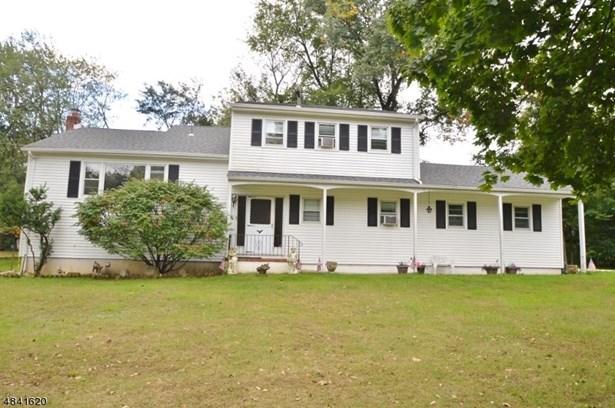 Custom Home, Single Family - East Hanover Twp., NJ