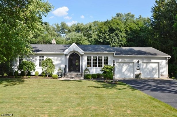 Expanded Ranch, Single Family - East Hanover Twp., NJ (photo 1)