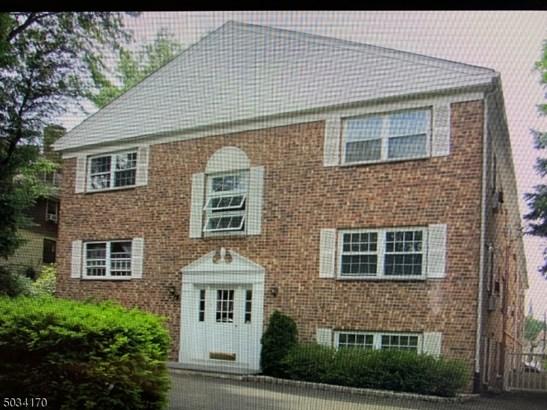 Apartment, Condo Complex, One Floor Unit - Morristown Town, NJ