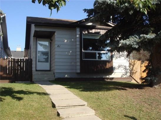 41 Erin Ridge Rd Se, Calgary, AB - CAN (photo 1)