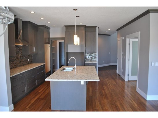 112 Baysprings Co, Airdrie, AB - CAN (photo 3)