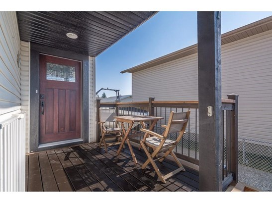 7 Greenview Cr, Strathmore, AB - CAN (photo 3)