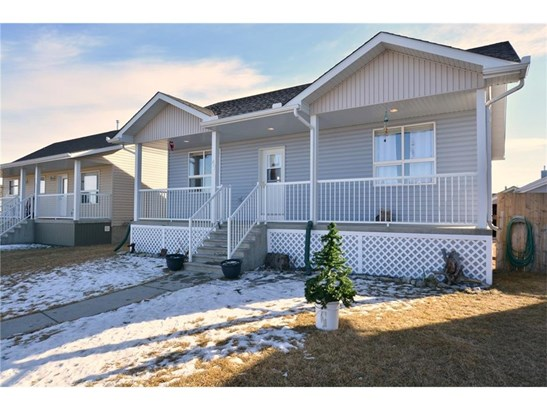 47 Sunrise Cl Se, High River, AB - CAN (photo 1)