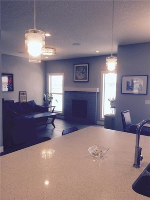 1459 Aldrich Pl, Carstairs, AB - CAN (photo 2)