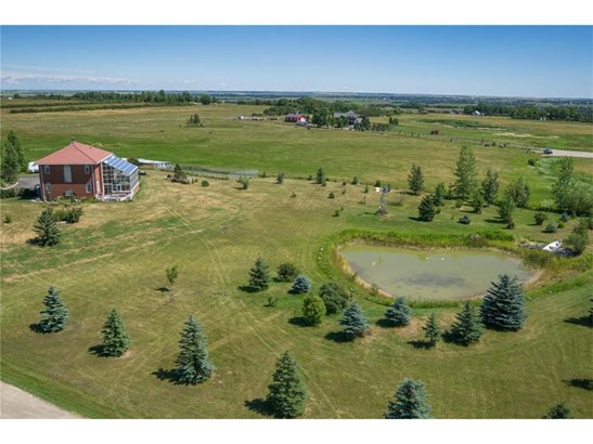 266040 16 St E, Rural Foothills M.d., AB - CAN (photo 5)