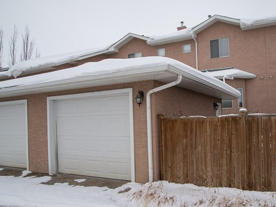 229 Strathcona Ci, Strathmore, AB - CAN (photo 2)