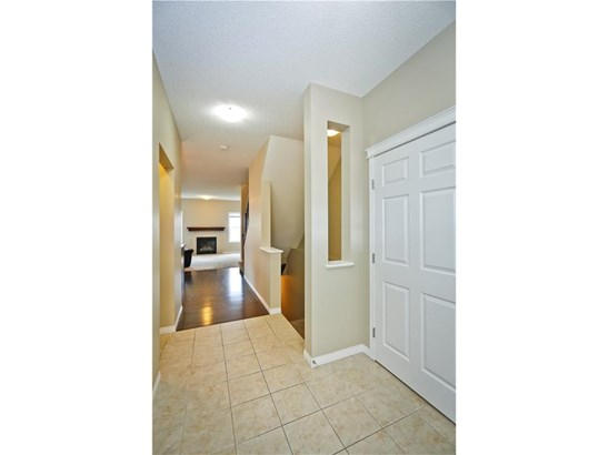 2382 Reunion St Nw, Airdrie, AB - CAN (photo 5)