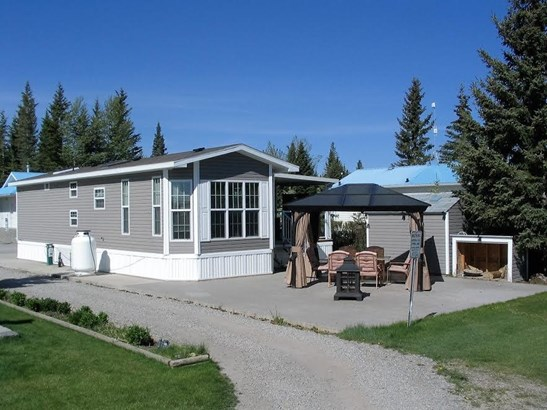 #15  Coyote Creek Golf & Rv Resort, Sundre, AB - CAN (photo 2)