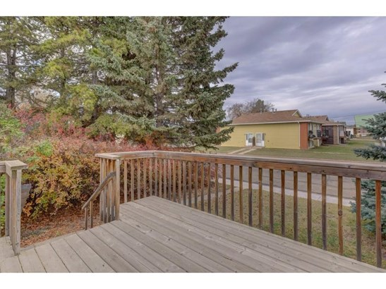 4711 46 St, Innisfail, AB - CAN (photo 3)