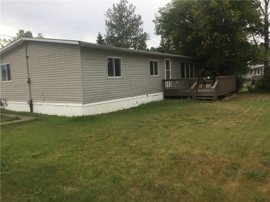 Spruce Crescent, Sundre, AB - CAN (photo 2)