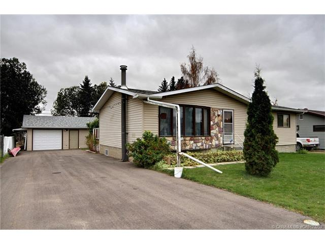 4625 51  Ave, Bentley, AB - CAN (photo 1)