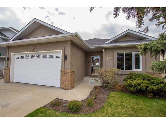 140 Waterstone Pl Se, Airdrie, AB - CAN (photo 3)