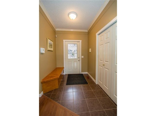 140 Waterstone Pl Se, Airdrie, AB - CAN (photo 4)
