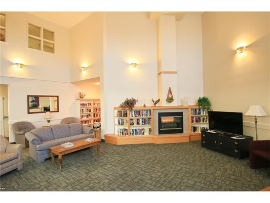 #208 3 Parklane Wy, Strathmore, AB - CAN (photo 4)