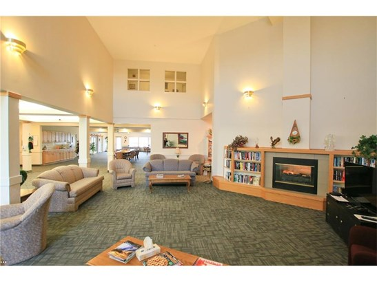 #208 3 Parklane Wy, Strathmore, AB - CAN (photo 5)