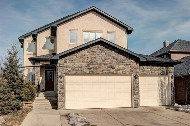 202 Elmont Ba Sw, Calgary, AB - CAN (photo 1)