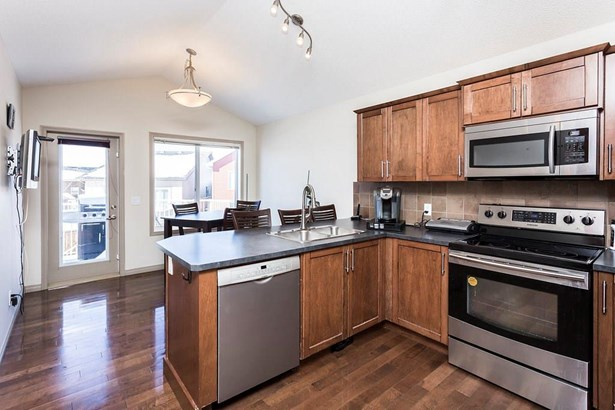 332 Ranch Gd, Strathmore, AB - CAN (photo 5)