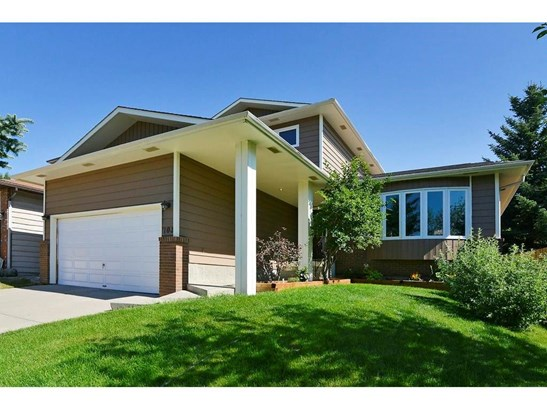 103 Hawkwood Wy Nw, Calgary, AB - CAN (photo 1)