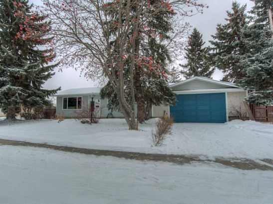 5015 Fourier Dr Se, Calgary, AB - CAN (photo 1)