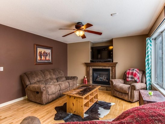 111 Strathmore Lakes Cm, Strathmore, AB - CAN (photo 5)