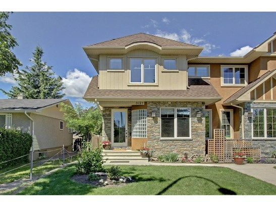 3127 40 St Sw, Calgary, AB - CAN (photo 1)