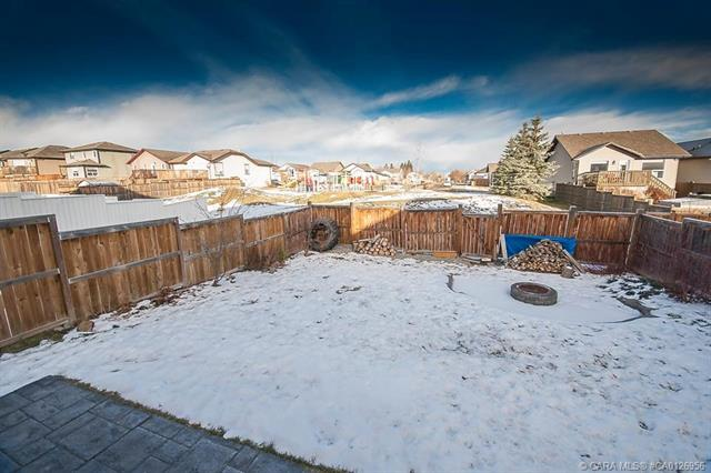 70 Wilkinson  Circle, Sylvan Lake, AB - CAN (photo 3)