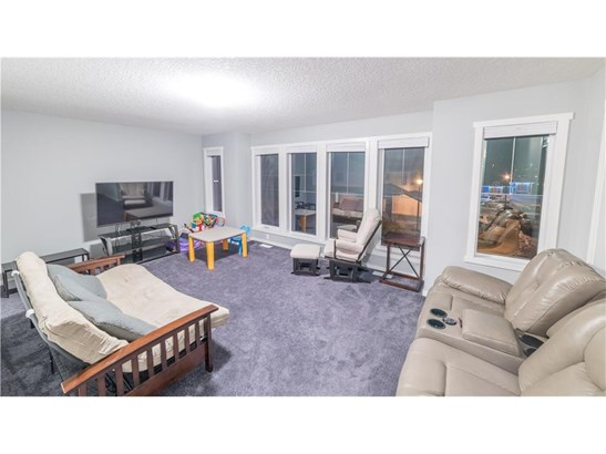 198 Stonemere Gr, Chestermere, AB - CAN (photo 5)