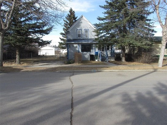 2026 23 Av, Didsbury, AB - CAN (photo 2)