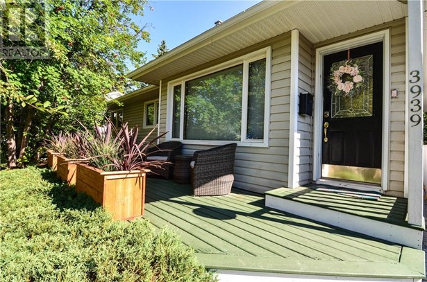 3939 35a  Ave, Red Deer, AB - CAN (photo 1)