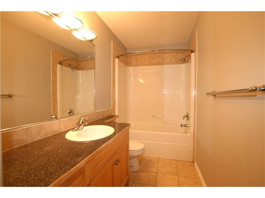 222 Canals Ci Sw, Airdrie, AB - CAN (photo 1)