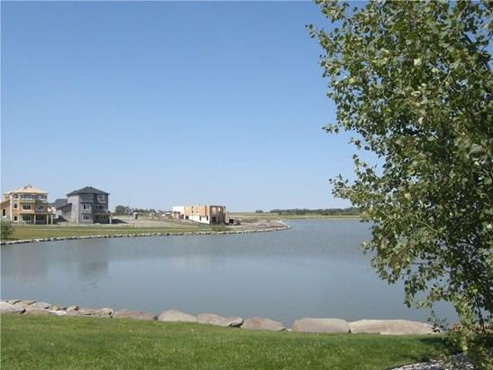 35 Lakes Estates Ci, Strathmore, AB - CAN (photo 3)