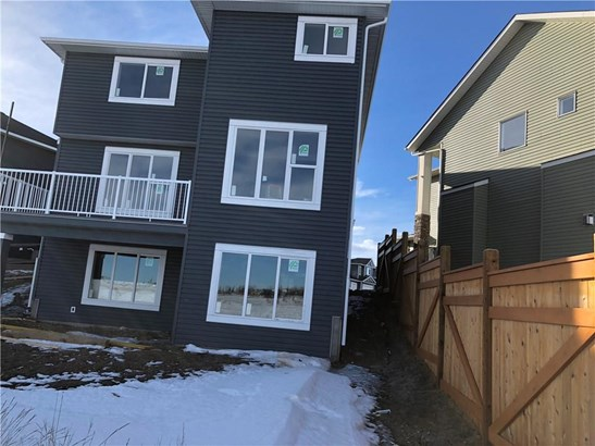 1471 Aldrich Pl, Carstairs, AB - CAN (photo 2)