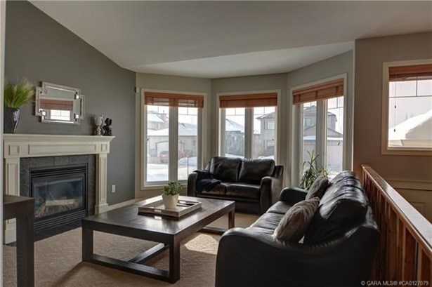 127 Allwright  Clos, Red Deer, AB - CAN (photo 4)