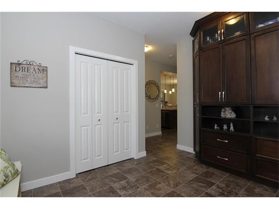 1149 Kingston Cr Se, Airdrie, AB - CAN (photo 2)