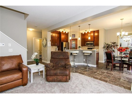 1149 Kingston Cr Se, Airdrie, AB - CAN (photo 5)
