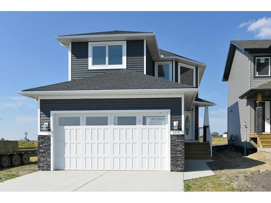860 Lakewood Ci, Strathmore, AB - CAN (photo 2)