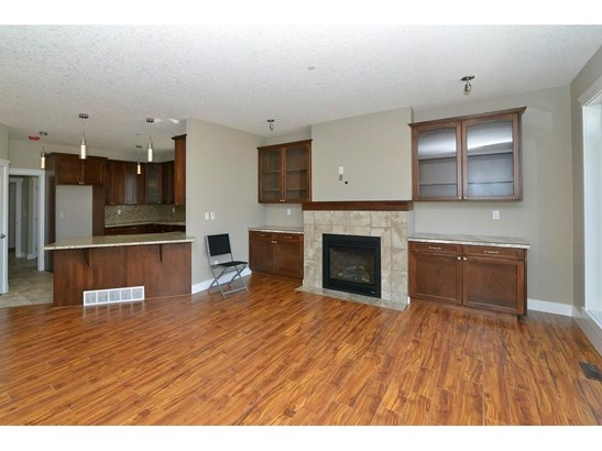 860 Lakewood Ci, Strathmore, AB - CAN (photo 5)